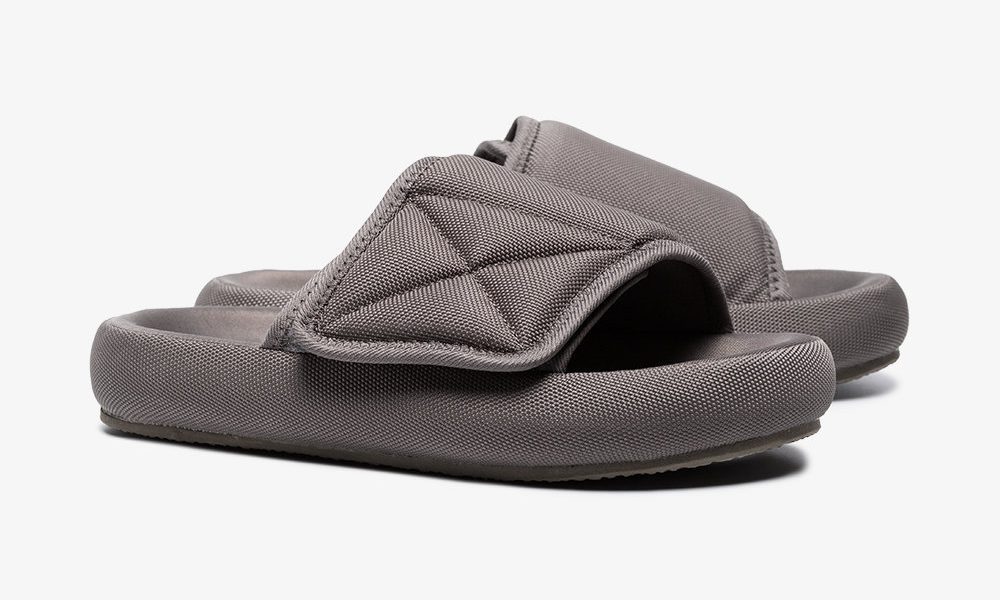 yeezy season 6 slides 1